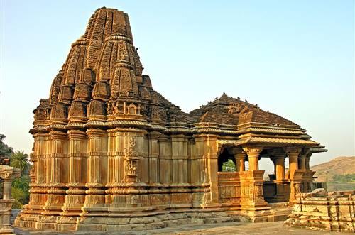 Rajasthani thali in udaipur